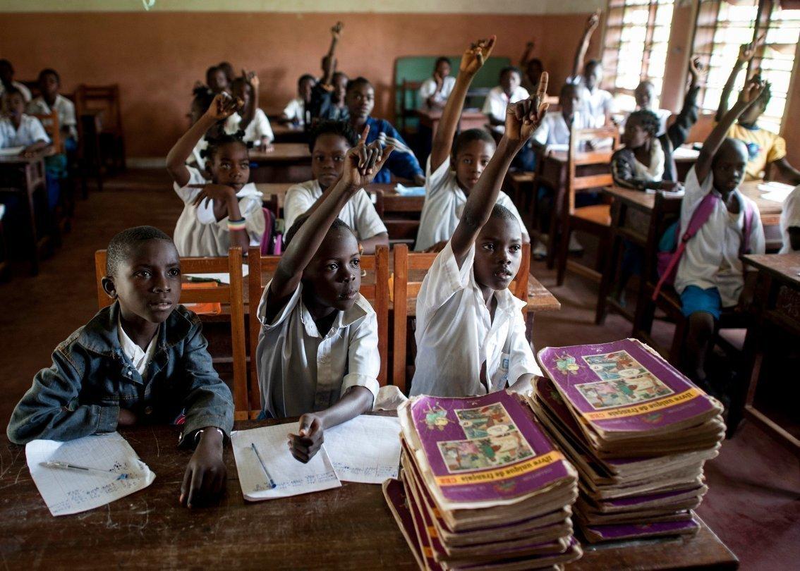 L'accès à l'éducation et à la formation professionnelle permet de briser le cercle de la pauvreté.