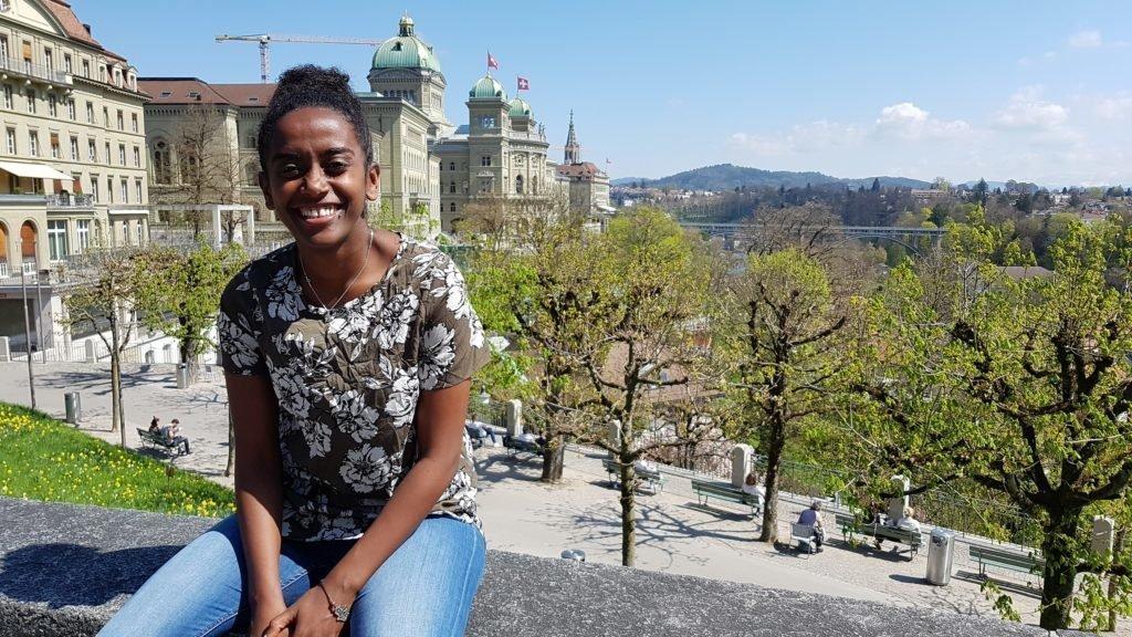 Betty, originaire d'Ethiopie, effectue des recherches à Berne pour sa thèse de doctorat.