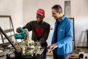 Madiba avec Alain Kappeler, directeur de SOS Villages d'Enfants